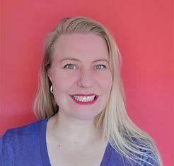 Tracy van der Schyff_2.jpg