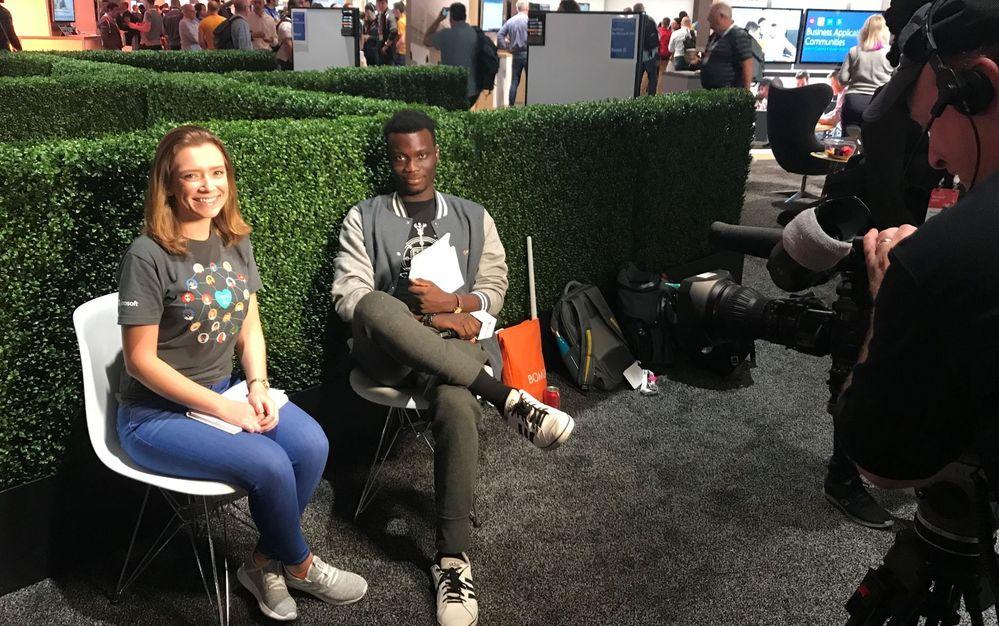 Elizabeth being on a community livestream interview with MVP Toni Solarin-Sodara at Microsoft Ignite