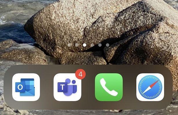 Outlook iOS Pinned.jpg