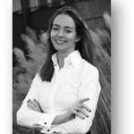 Claudia van der Velden