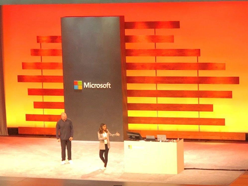 Alex and Manini presenting password-less!