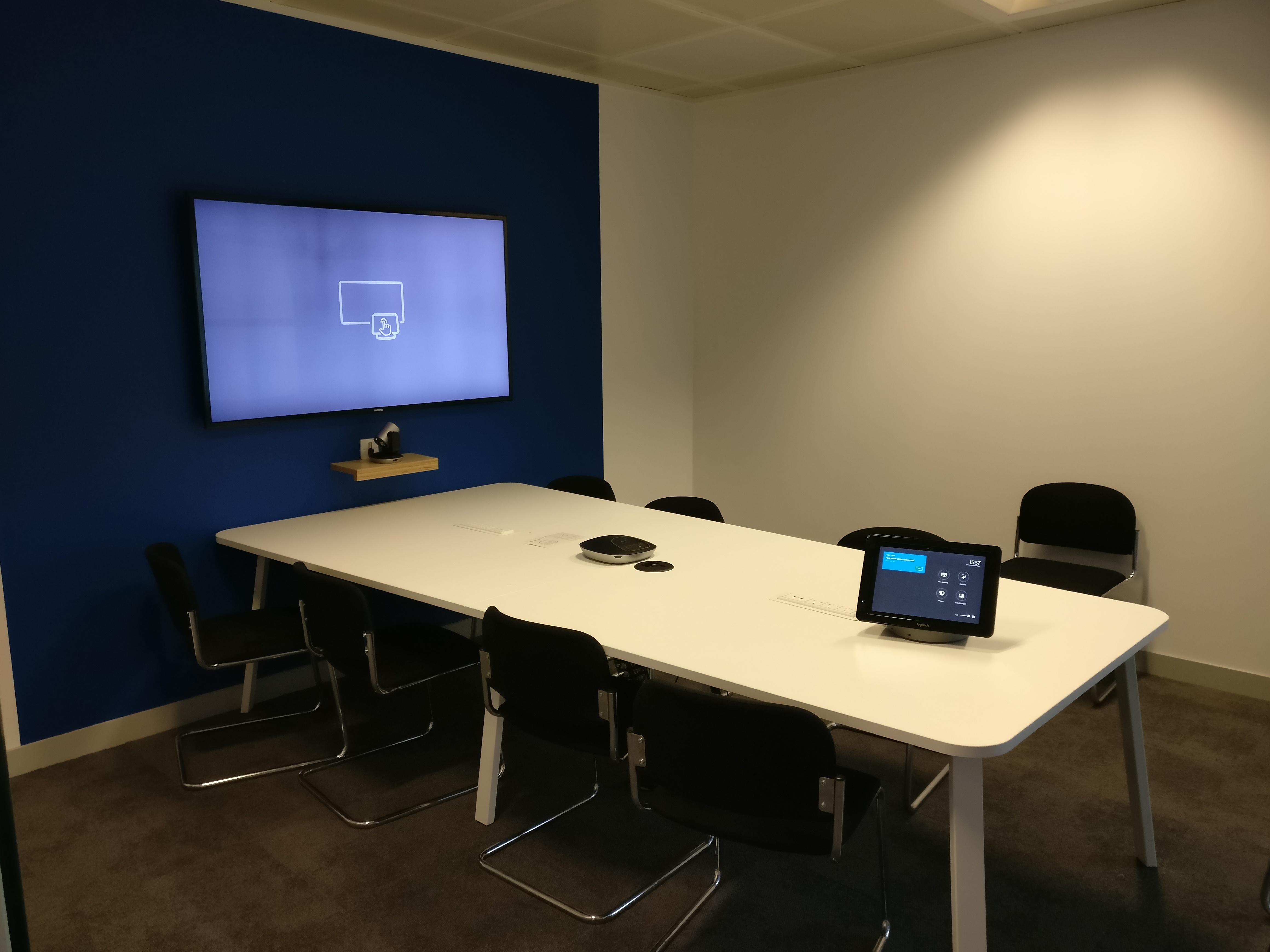 Experiences with SRS/Logitech SmartDock - Microsoft Tech ...
