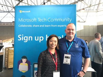 Robert Smit with Anna Chu (Community Manager) at the Amsterdam Tech Summit